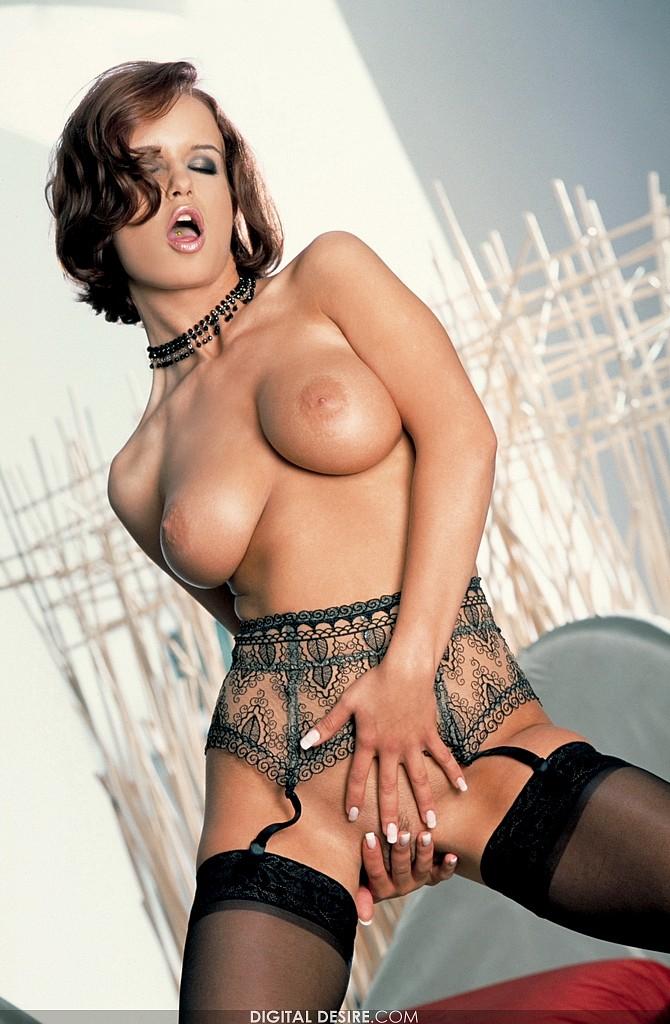 Fewell big boobs shaina