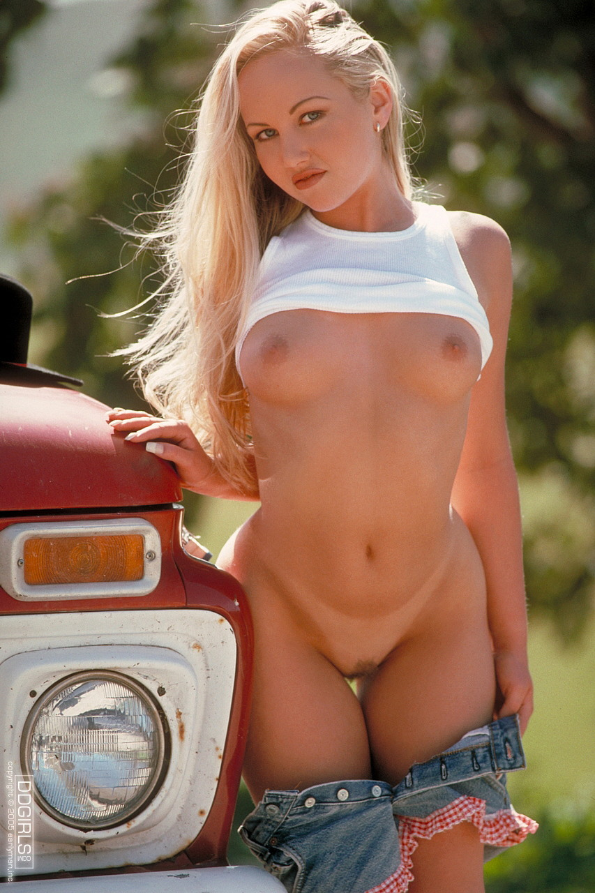 sexy naughty country girls photos