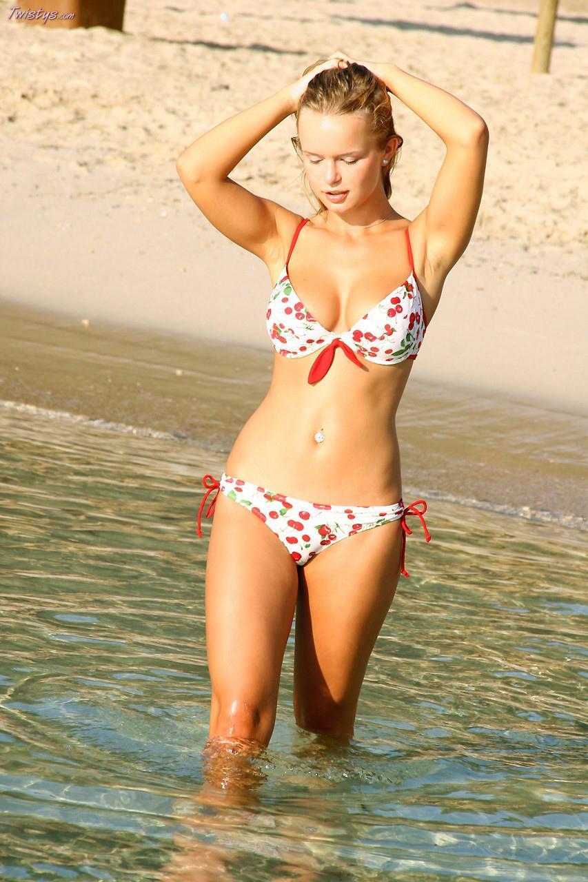 Natural Bikini Tits