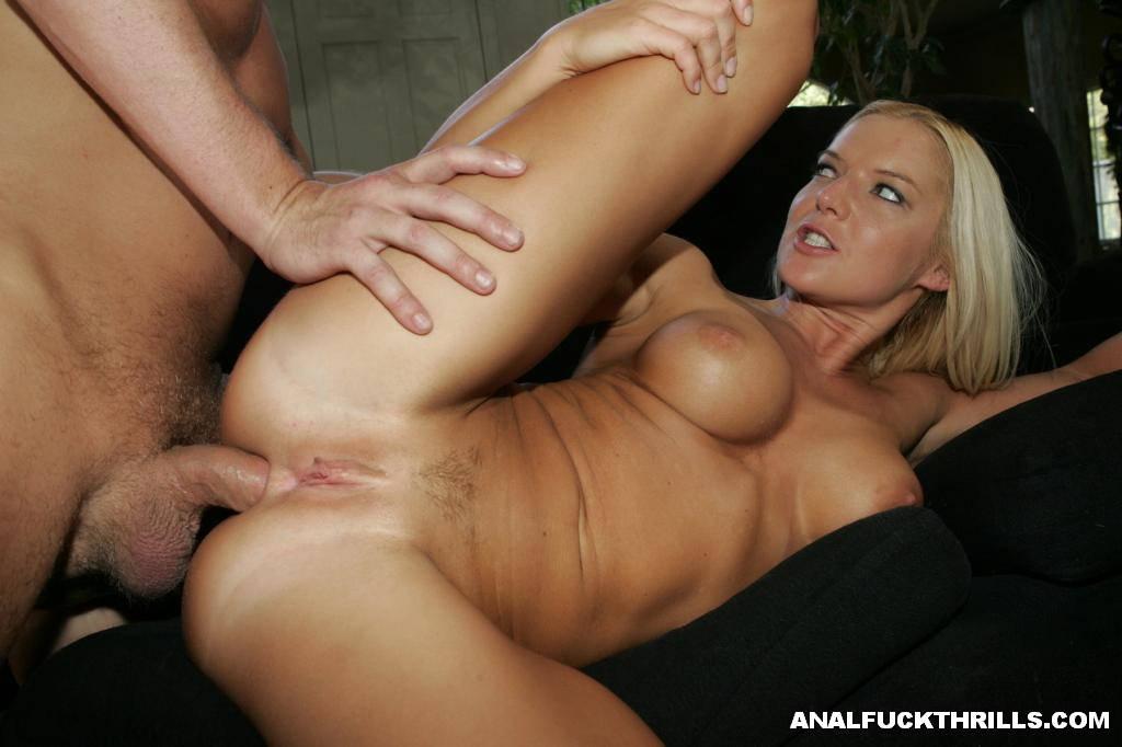 Blonde big ass big tits pics free
