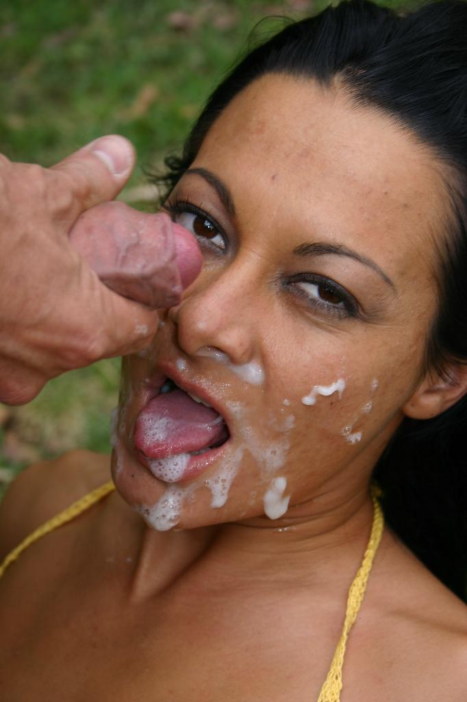 Sandra Romain - Anal and facial outdoors 2013 - page 7