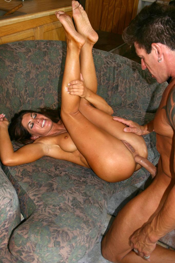 This excellent Muscle girl anal sex