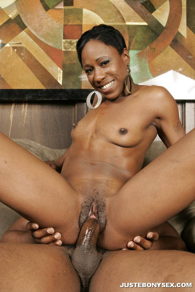 Skinny black girl gets fucked