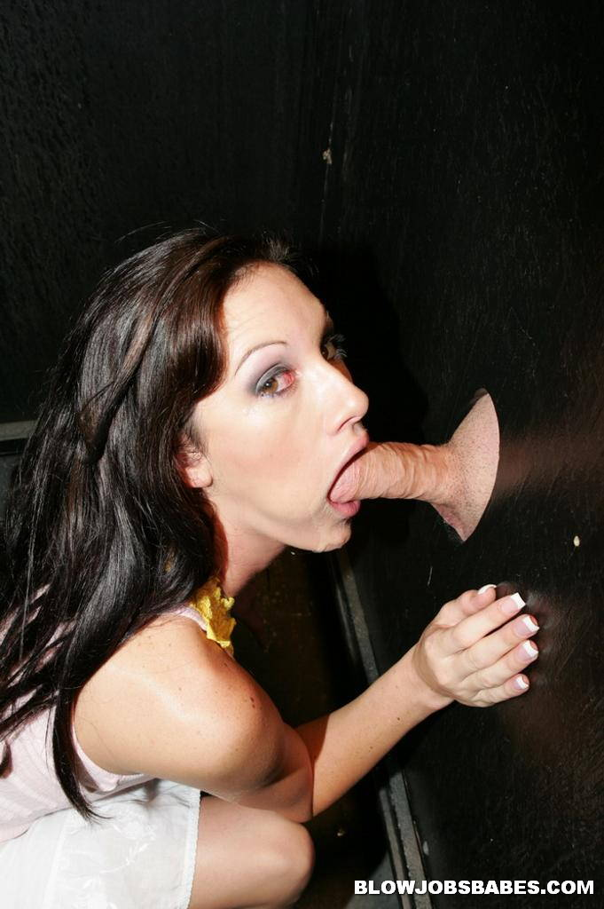 girls mastubieren glory hole blowjob