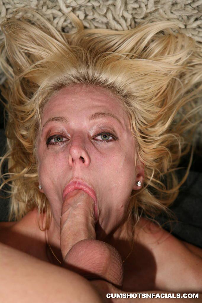 Jerking off a dildo