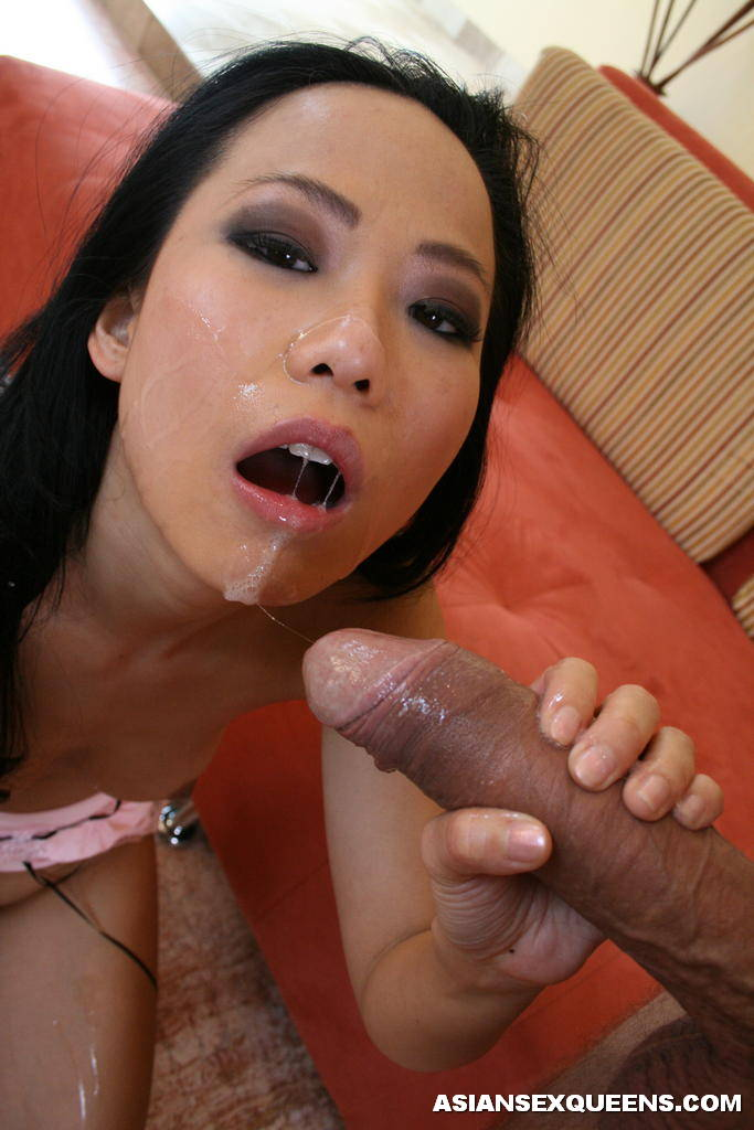 Siren Japanese Bitch Eating Double Huge Cocks