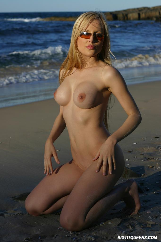 Nude Beach Undressing