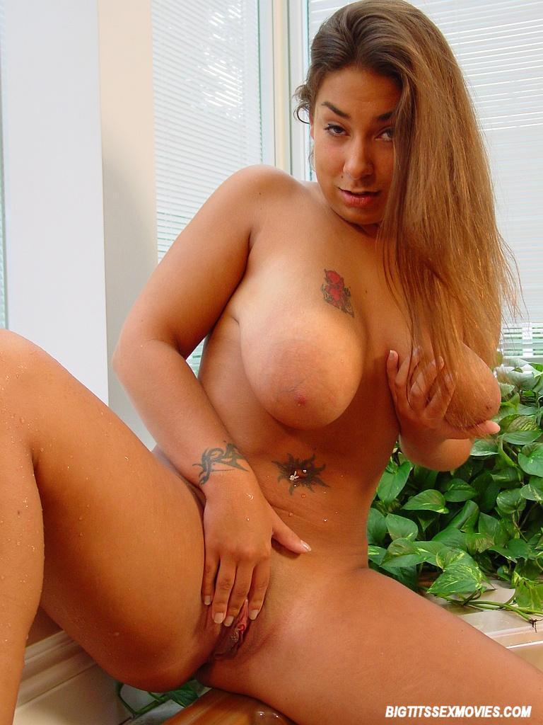 Hot latina masturbating