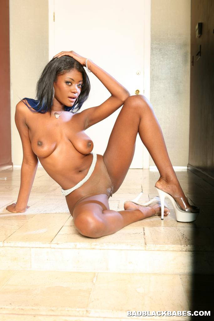 Young black cheerleader porn