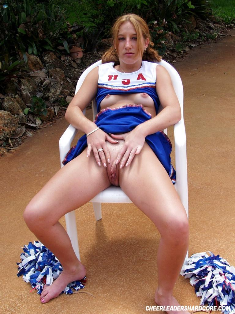 College cheerleaders pussy slips #8