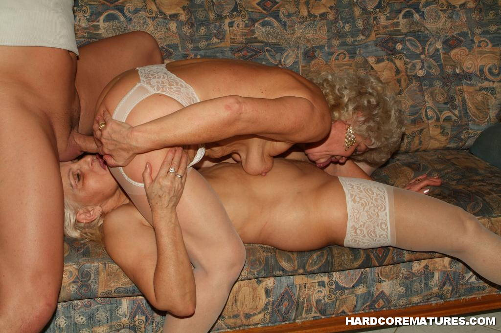 Mmf threesome amateur