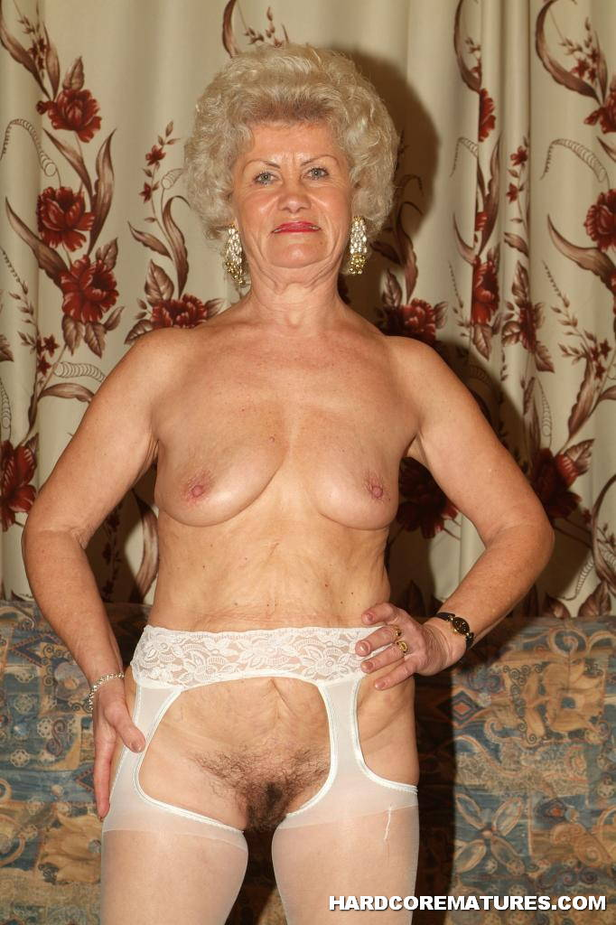 Lesbian mature old granny pussy