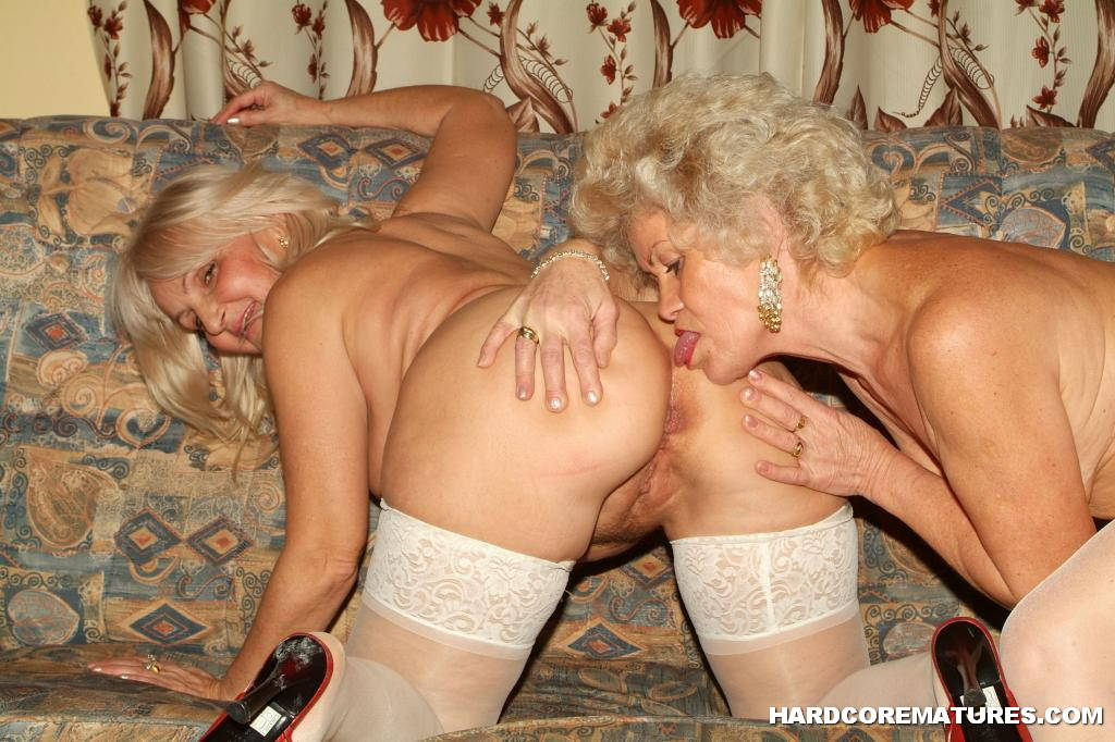 Great lick old granny 2 that ass