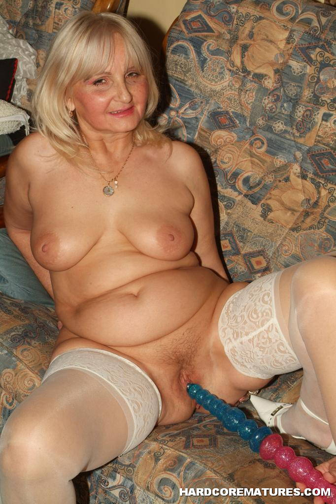Old grandma with dildo-6979