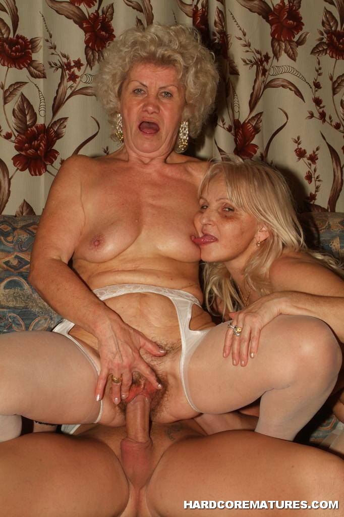 Granny women naked pictures