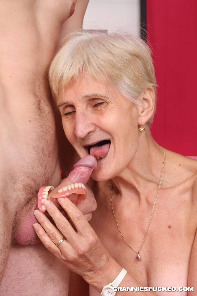 Granny blowjob best porn pics