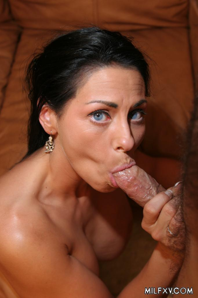 image She gets licked like a boss