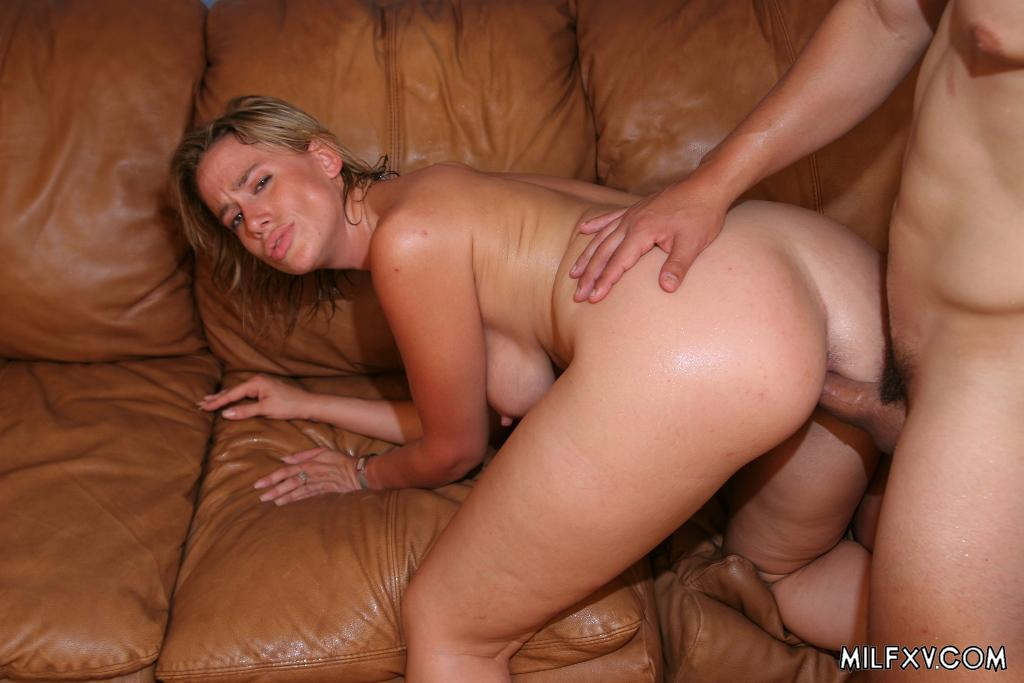 milf sucking and swallowing cum page