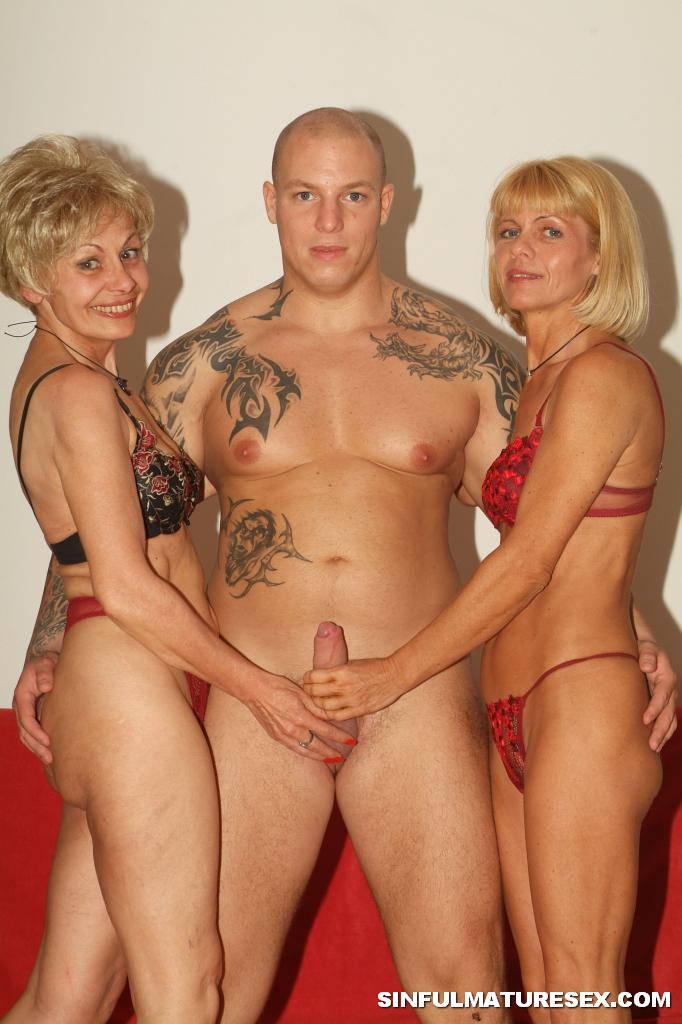 3some with genesis skye amp katrina kraven 7