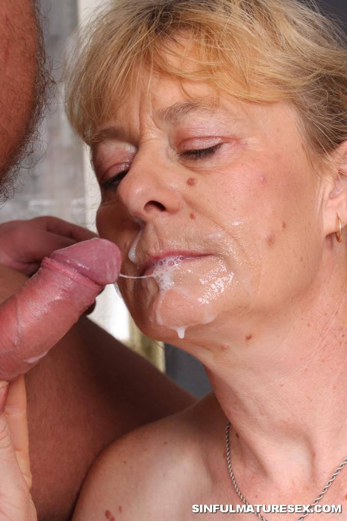 grandma swallows tgp jpg 1500x1000