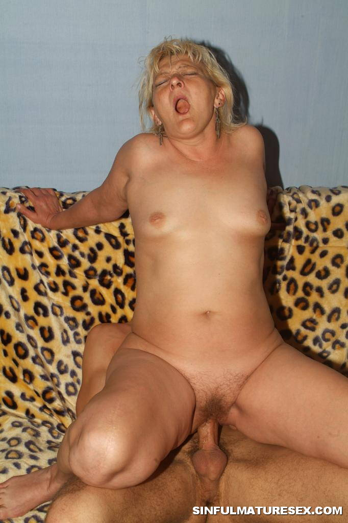 Mature and young cock 72
