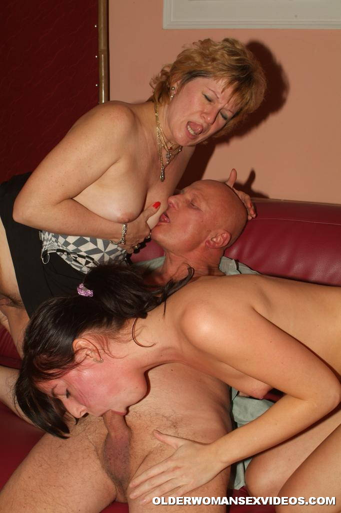 Naughty milf threesome