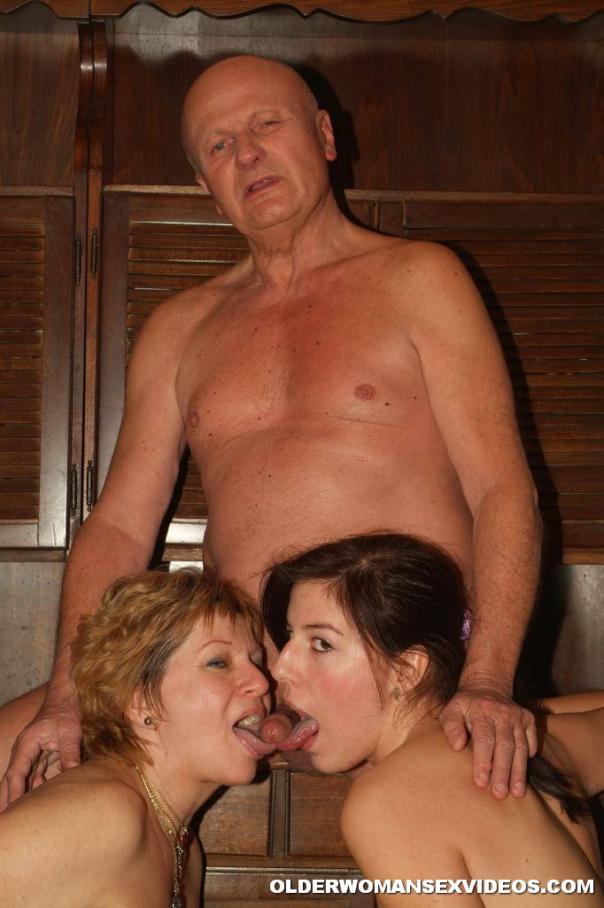 Mature Ladies Into Kinky Threesome 2740-9877