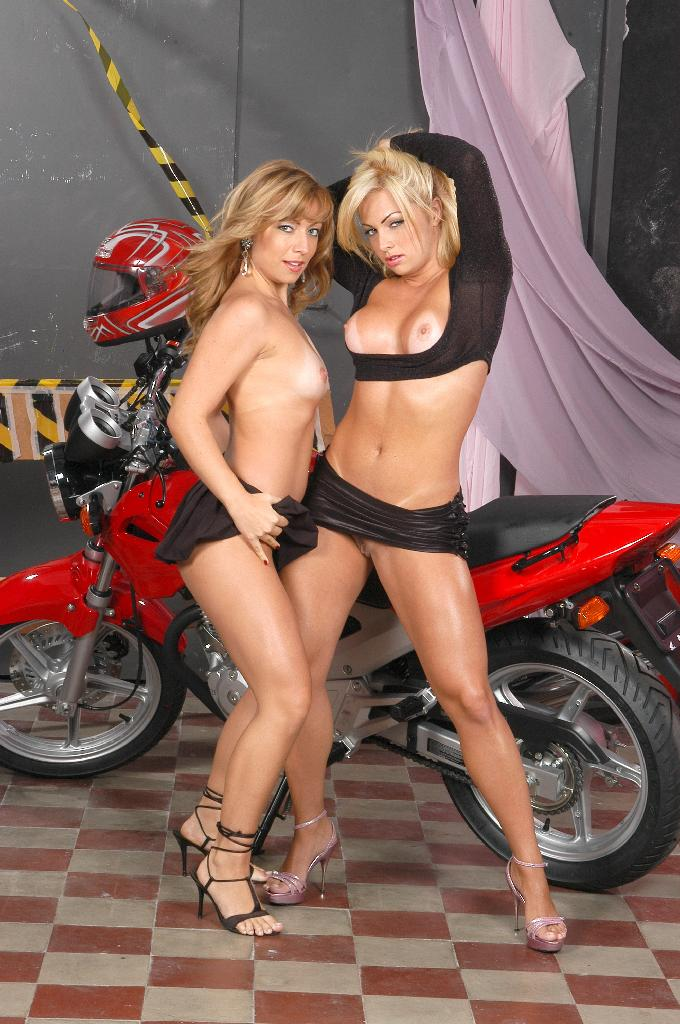 Sexy Bitches Motorcycle Modelling Seession 2797-6289