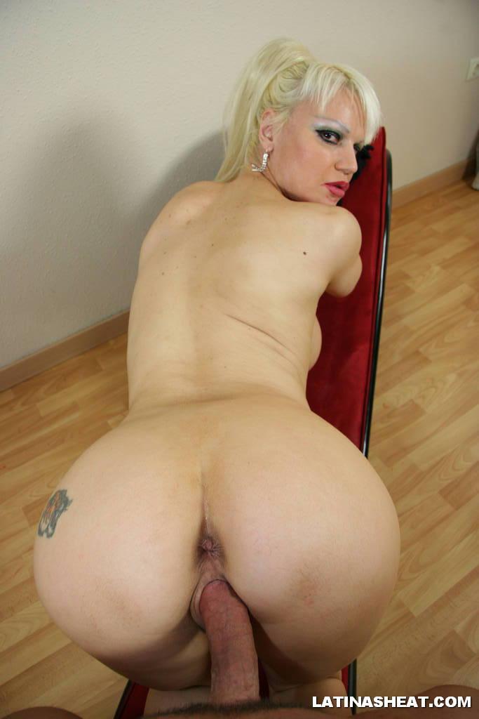 lesbian girl porn big ass yoga pants