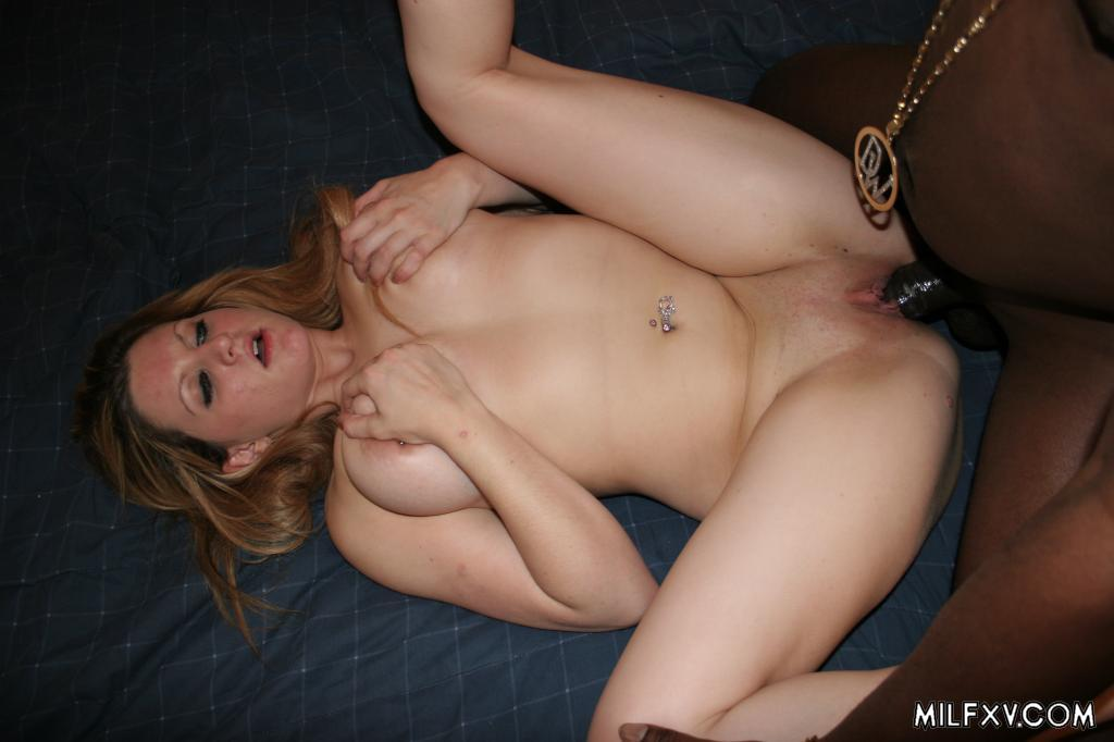 Hot milf loves anal