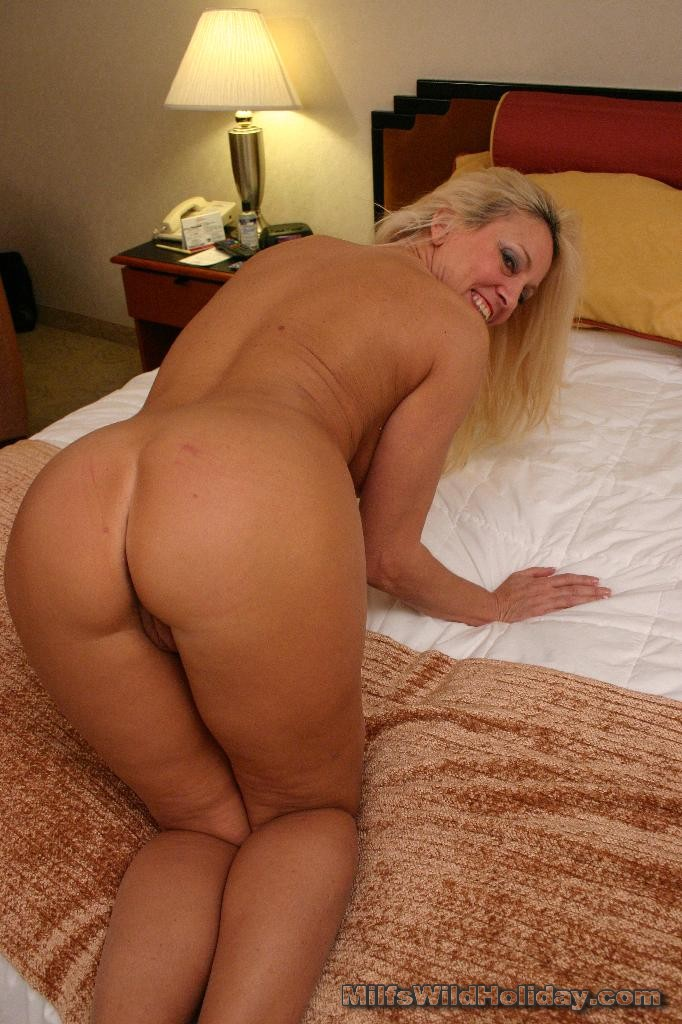 Mature blonde milf