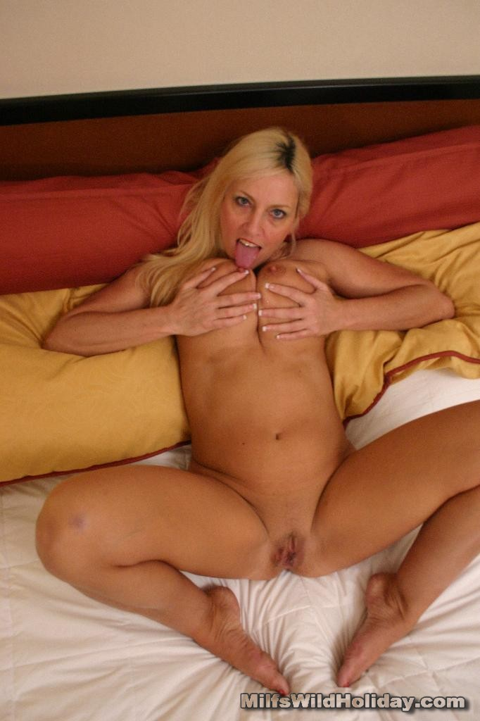 Busty Mature Blonde Drilled 2841 - Page 4-7584