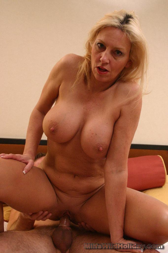 top 10 pornstar store bryster busty