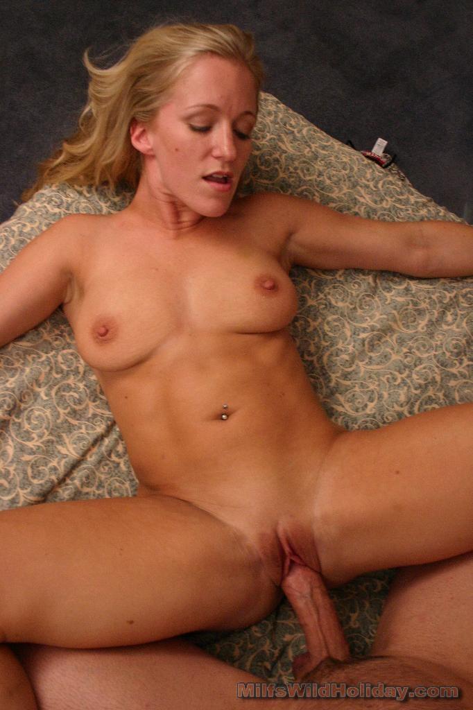 Interracial lesbians nude
