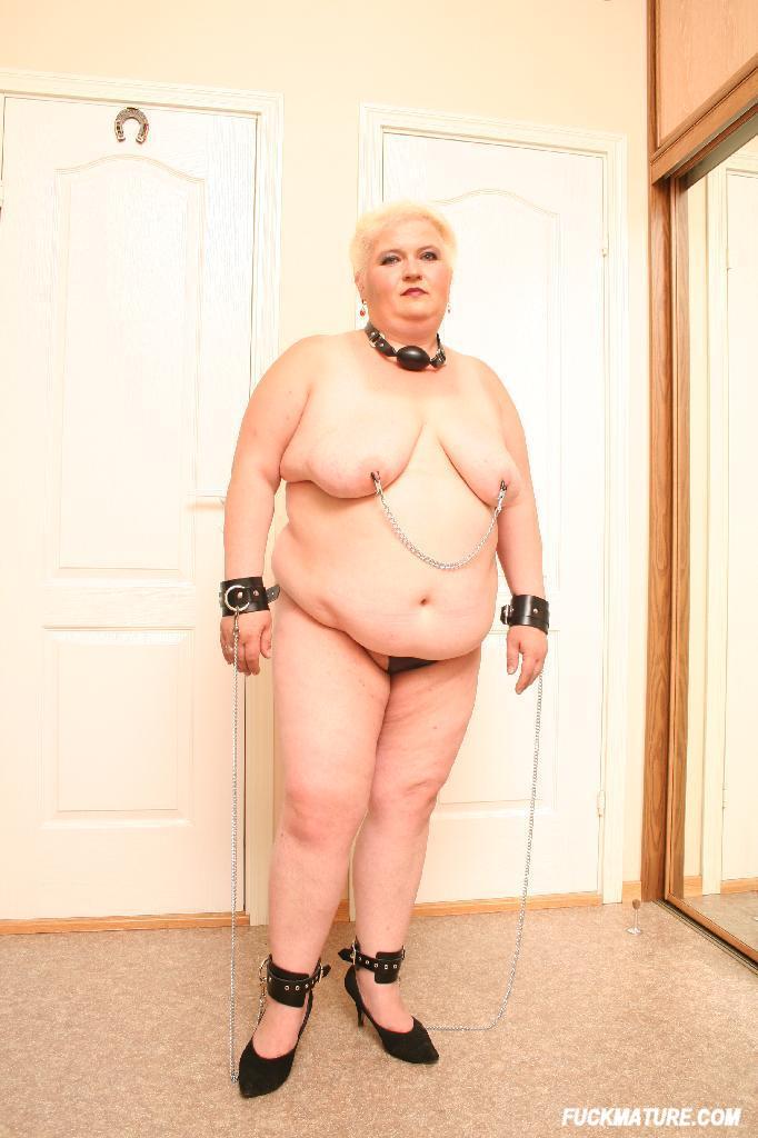 golie-tolstie-starie-babi-foto