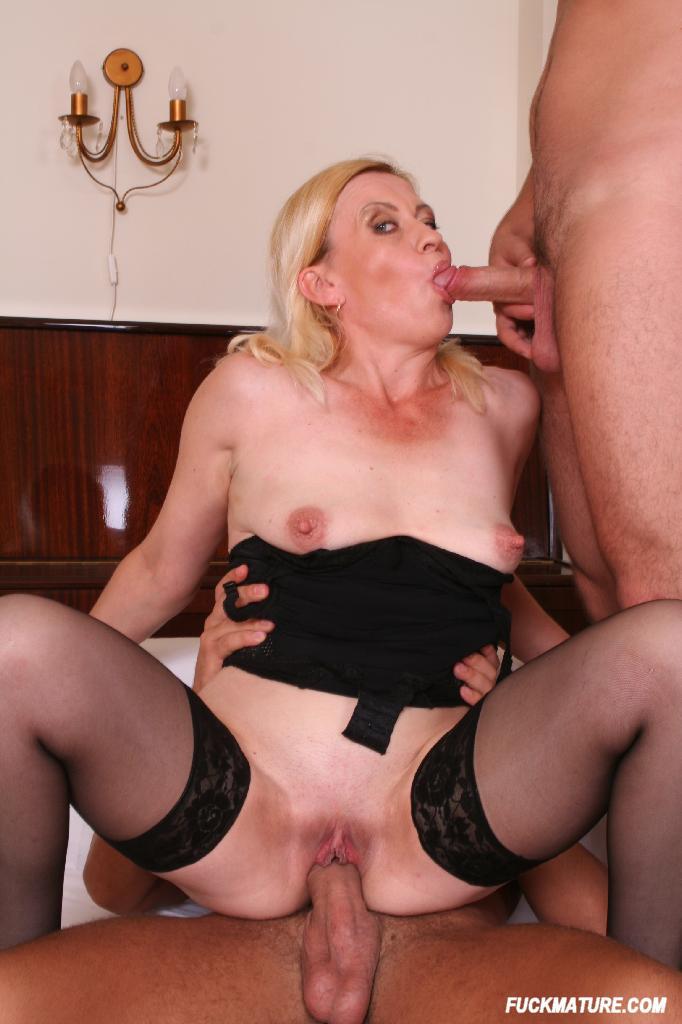 Double penetration sex clips-8872