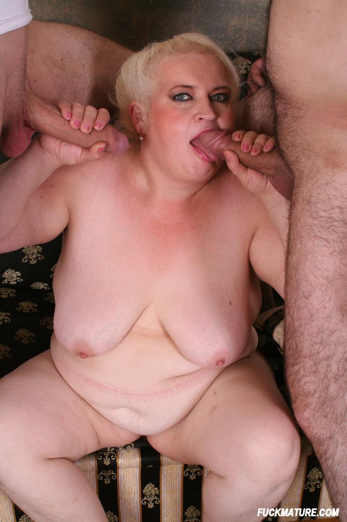 image Pumping hot horny wife