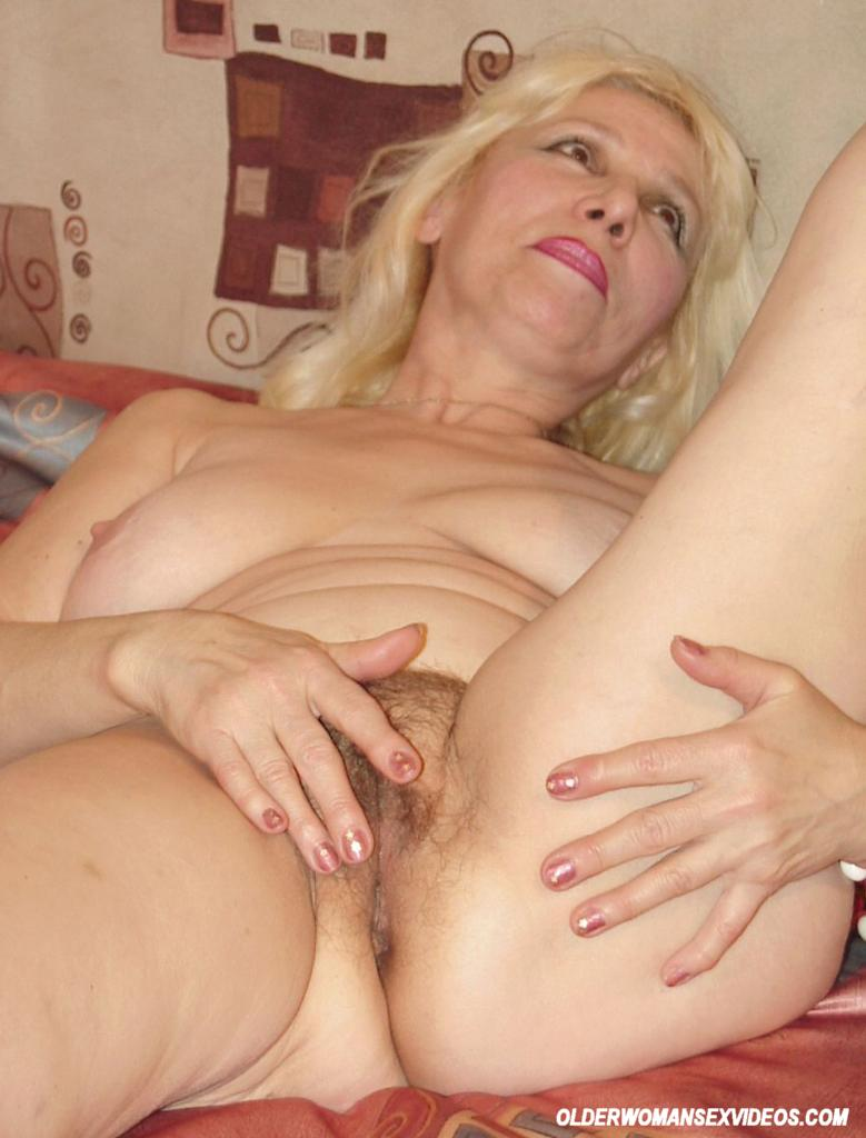 Drunk mature women-7831
