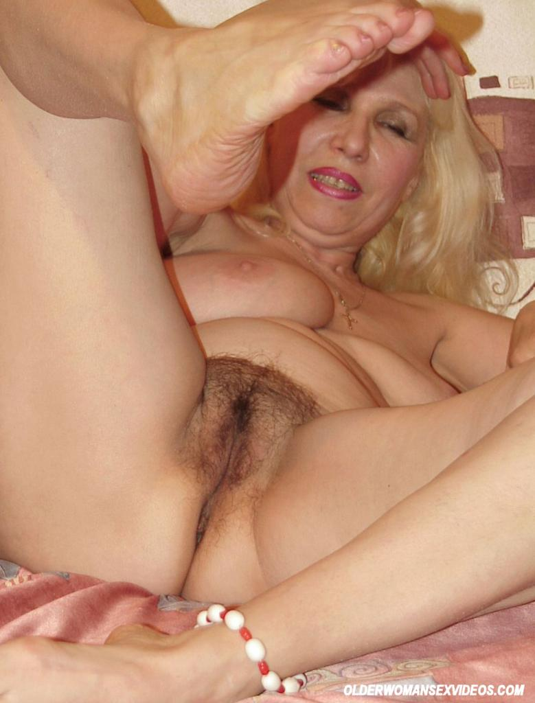 The amusing Grannypussy pics your