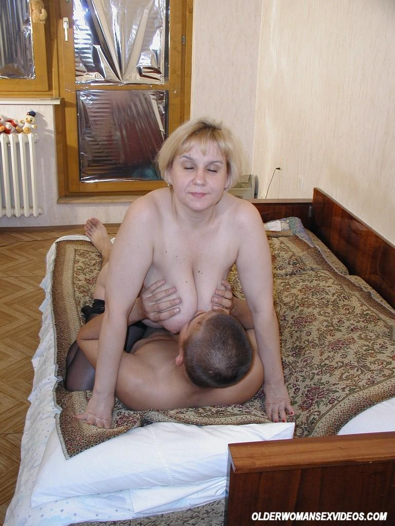Nude blonde girl shaved pussy