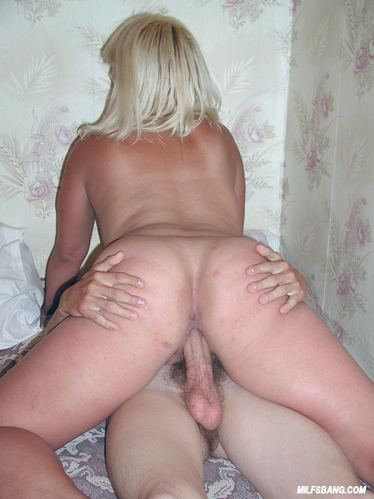 Mature Woman Fucks Young
