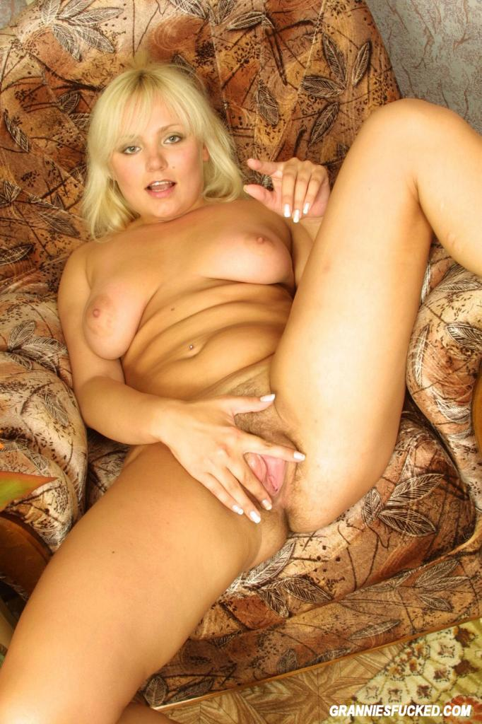 Busty blonds hairy cuch