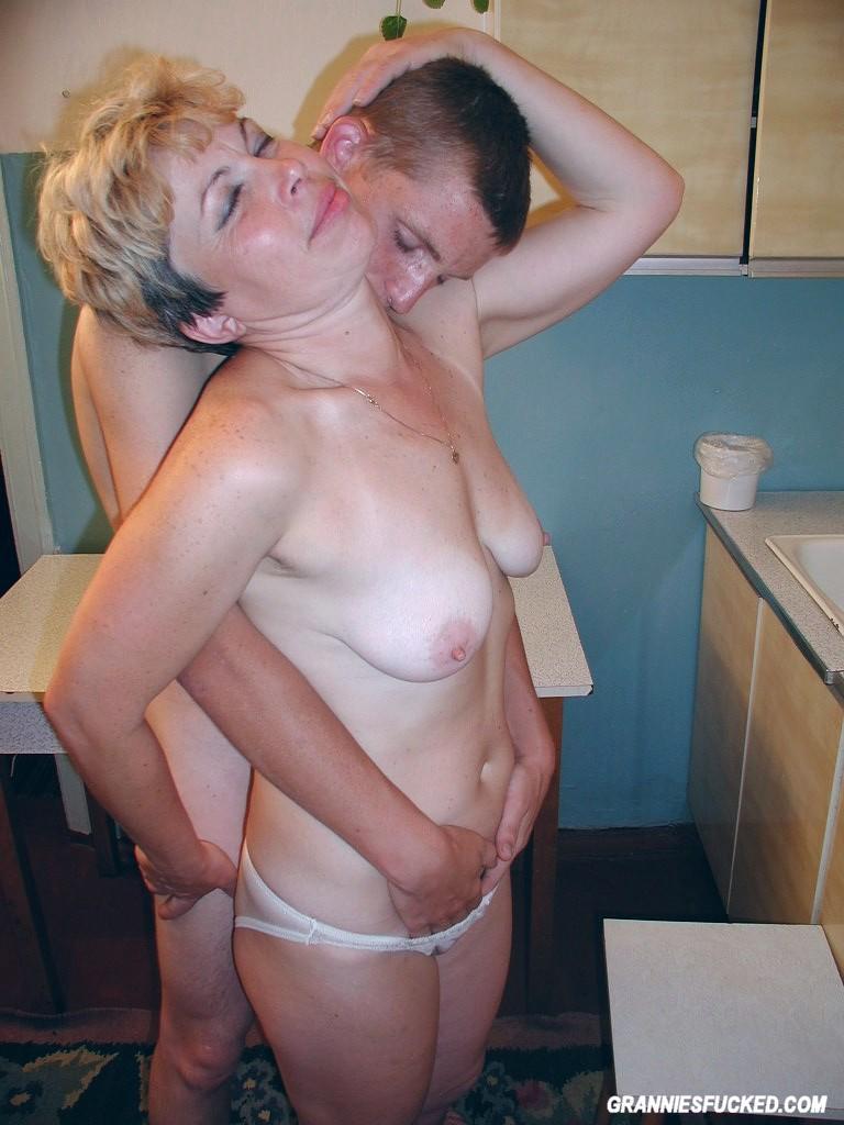 Naked youn boys-4591