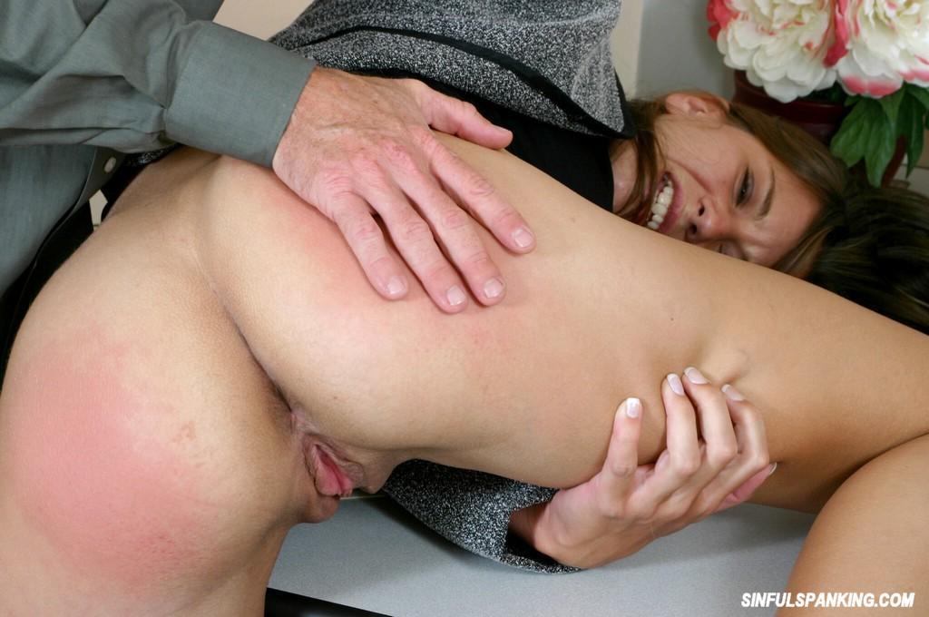 spank her gallery