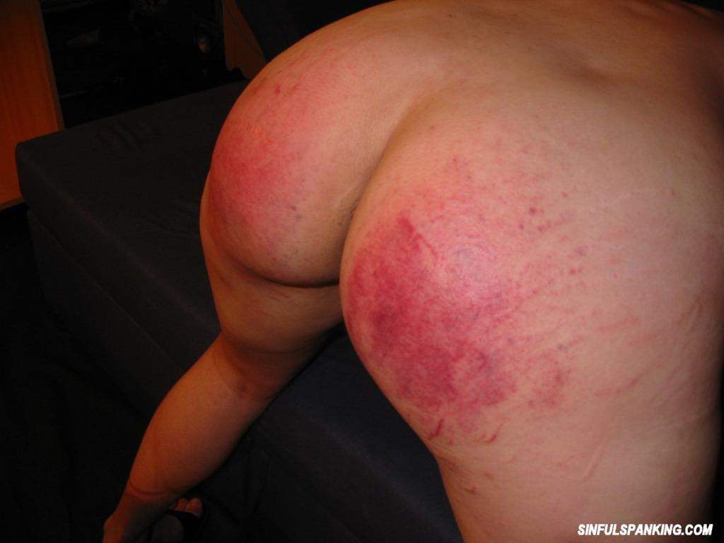 Seems me, Spanking amateur thumbs sorry, that