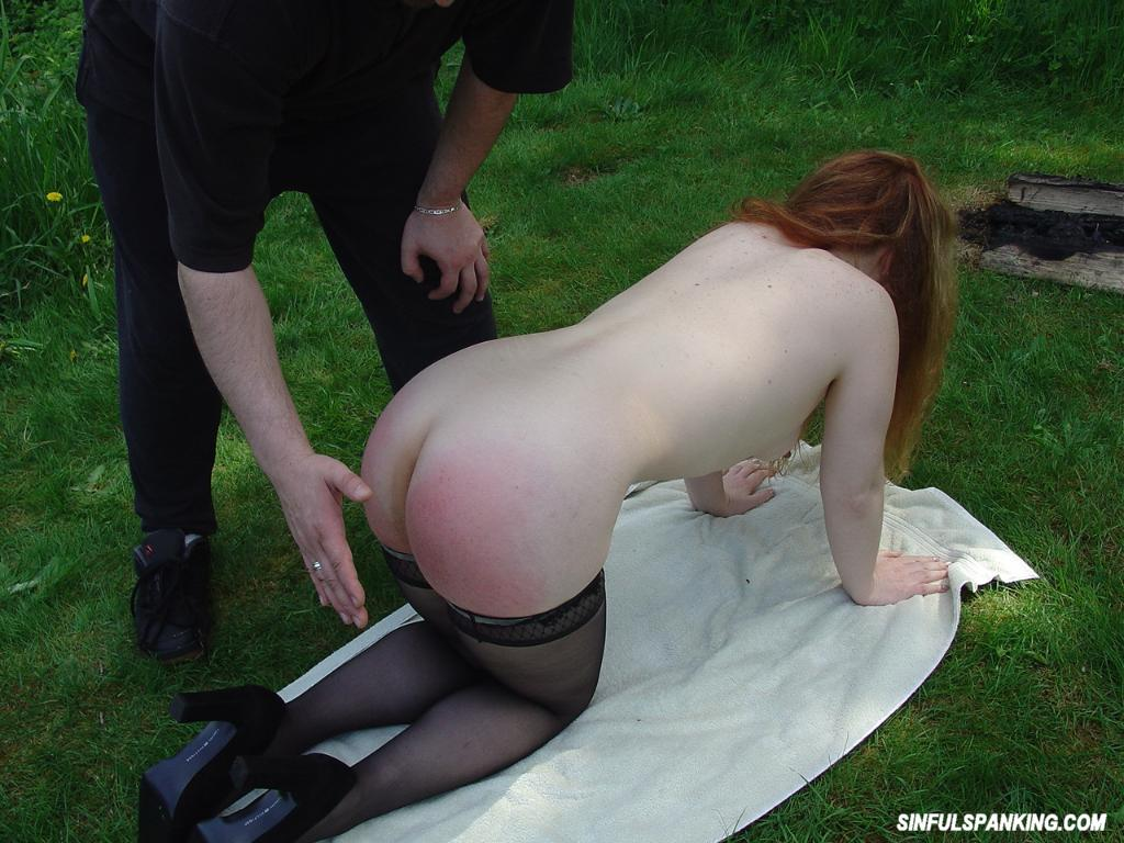 Girl sitting upskirt panties