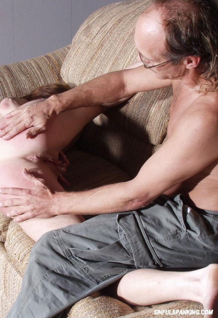 2 fat women make love