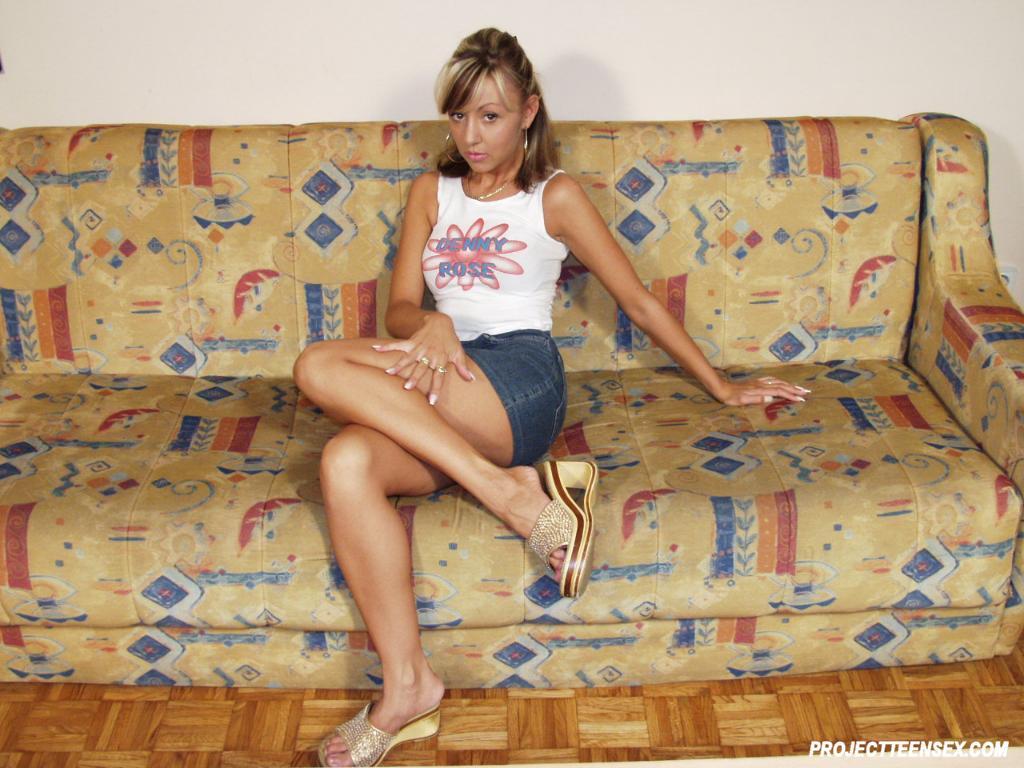 Teen blonde sexy-9856