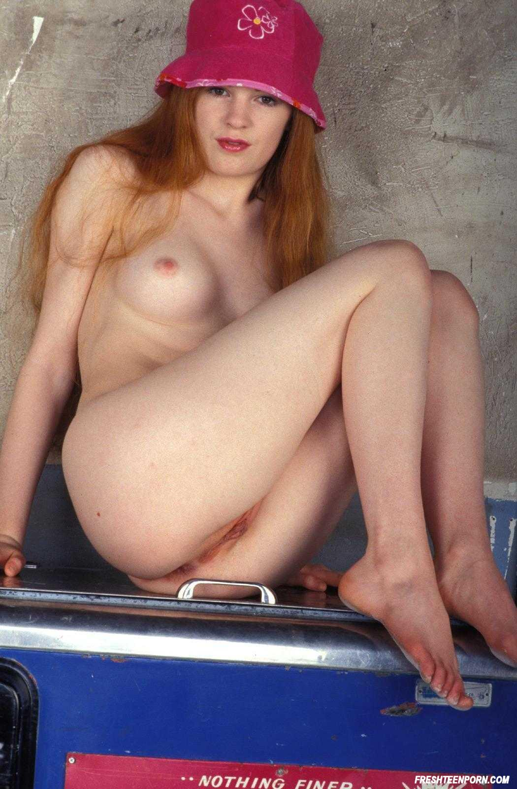 Sweet Redhead Nicole Scott Nude 3363 - Page 2-7384