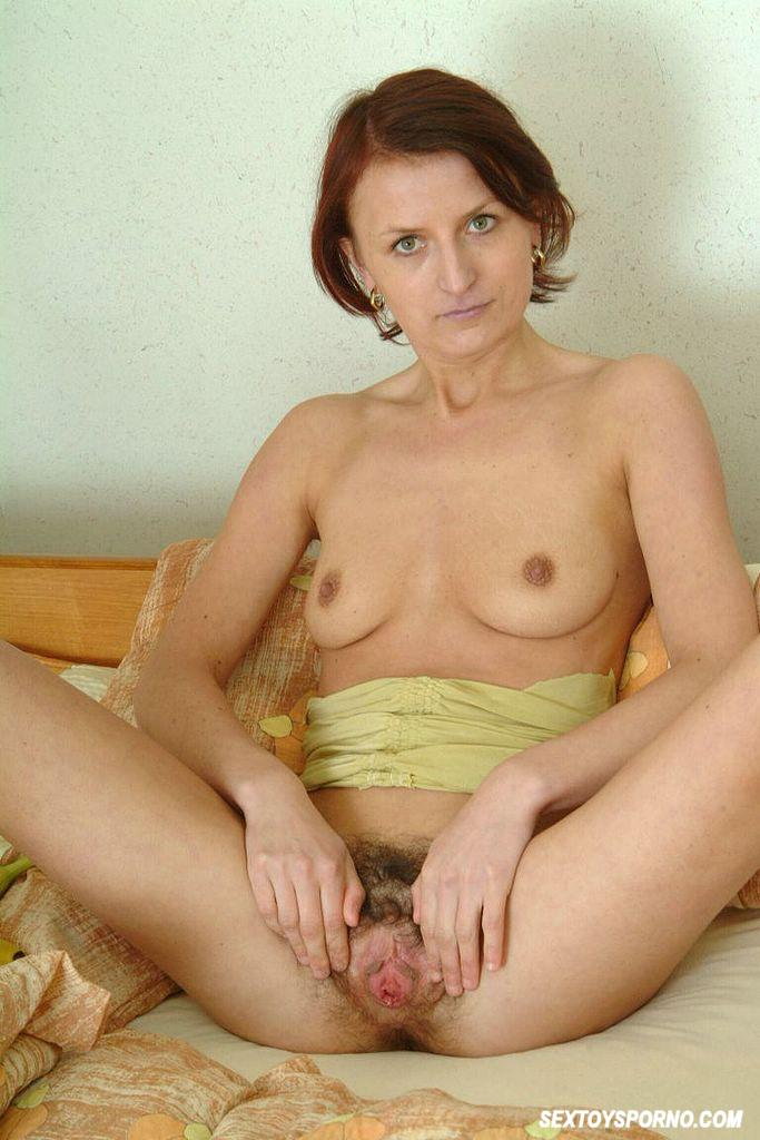 Hairy pussy toy